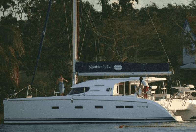 Catamaran Holidays noleggio catamarani. Godetevi un soggiorno indimenticabile con il nostro Nautitech 44 senza rinunciare al comfort