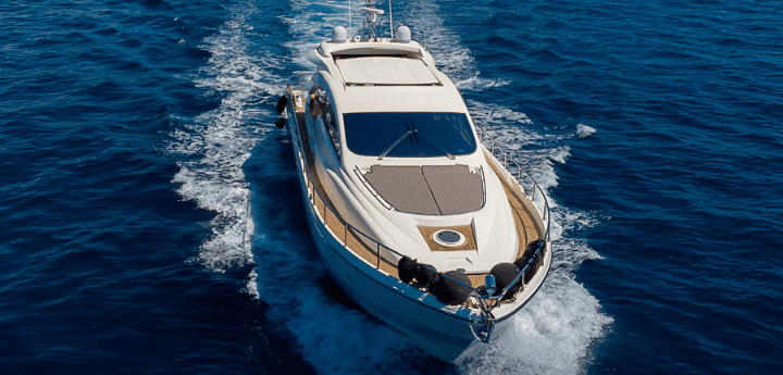 Noleggio yacht di lusso a Napoli Benvenuti a bordo. Una formula di noleggio barche a Napoli disponibile tutto l'anno, scopri la formula.