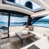 Caracciolo Deluxe Room, Mergellina in yacht. Una splendida suite overwater nel cuore di via Caracciolo a Napoli con prima colazione a bordo.