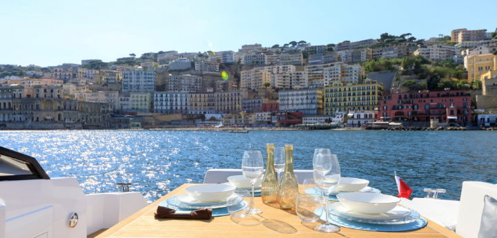Vacanze in yacht a Napoli per il weekend