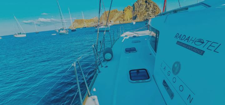 Viaggi esclusivi in catamarano per la Campania