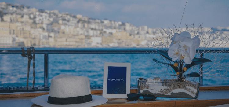 Viaggi in barca a vela, estate in catamarano, tutti i comfort di uno splendido yacht come nei grandi alberghi. Crociere esclusive in yacht